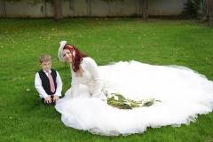 Maßangefertigtes Brautkleid